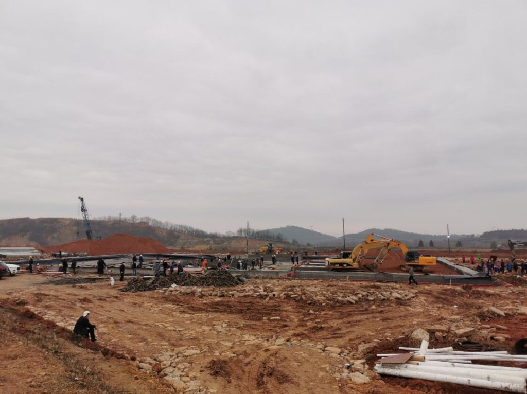 """Wuhan's emergency medical waste disposal plant under construction"""